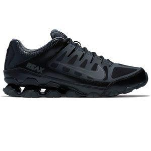Nike Reax 8 TR cross-trainers